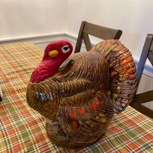 Turkey decoration jar